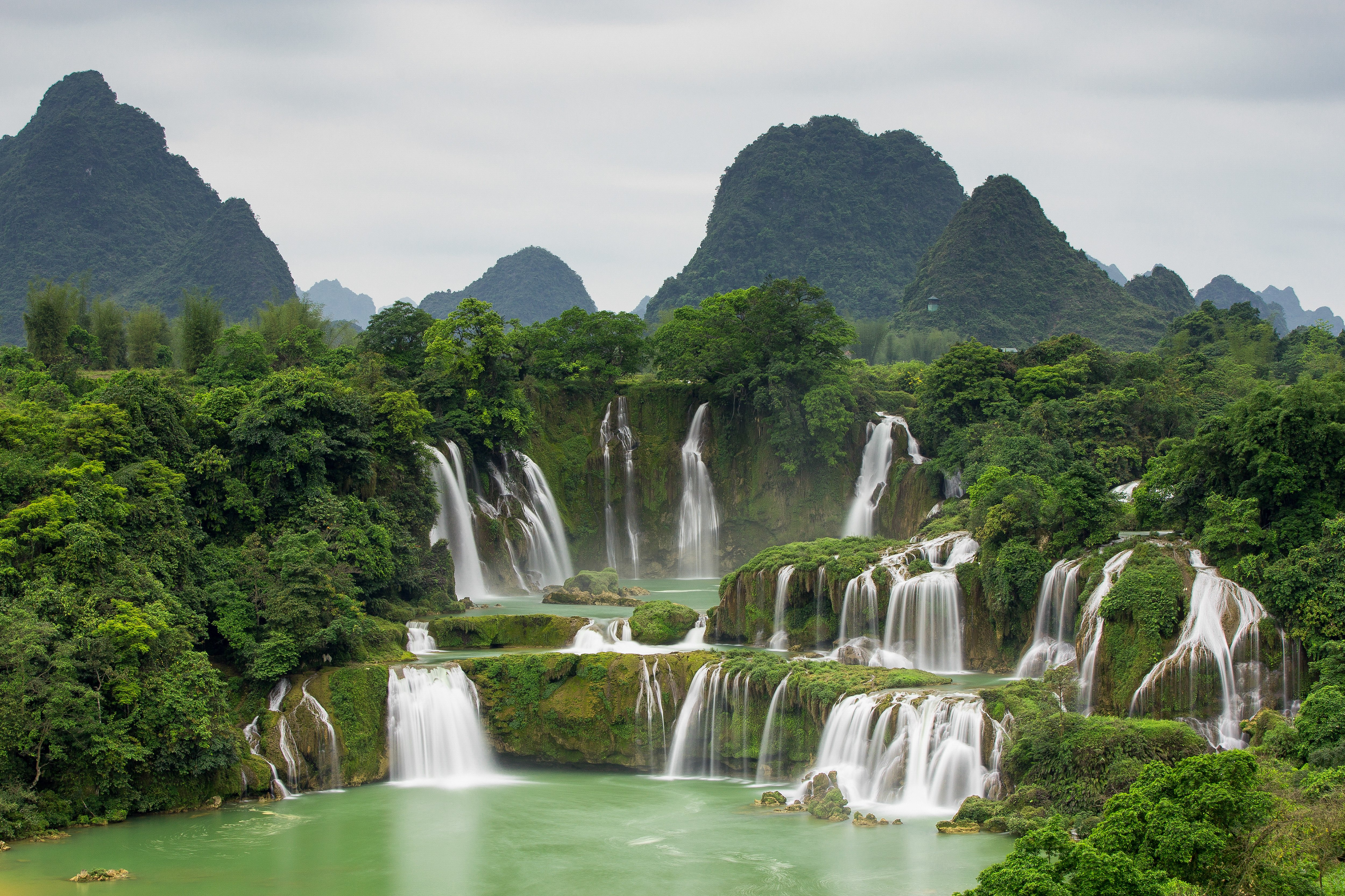 Cao Bang Vietnam  City pictures : Days / 1 Night North Adventure Bac Son Valley– Ban Gioc Waterfall ...