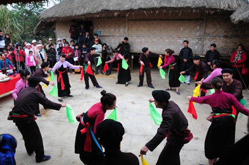 San Chay people's dance recognised as national intangible cultural heritage