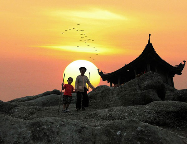 Top 10 spiritual tourist attractions in Vietnam