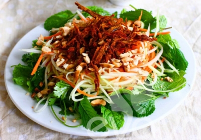 Sweet and sour salad mixed with beef - Halong Sapa Packages