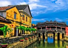 When in Hoi An, do as locals do