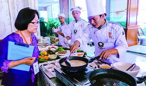 How to promote Vietnamese food to the world