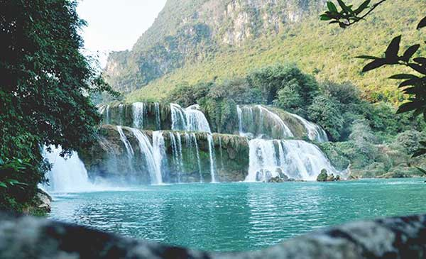 One-day tour to Ban Gioc Waterfall - Halong Sapa Packages