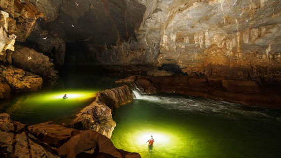 Tourism programme promotes Son Doong in Singapore - Halong Sapa Packages