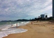 Nha Trang to open night beach