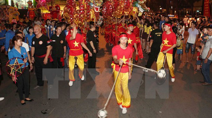 Mid-Autumn festival underway at Ha Noi's Old Quarter