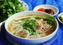 """Pho"" named most iconic dish in Viet Nam"