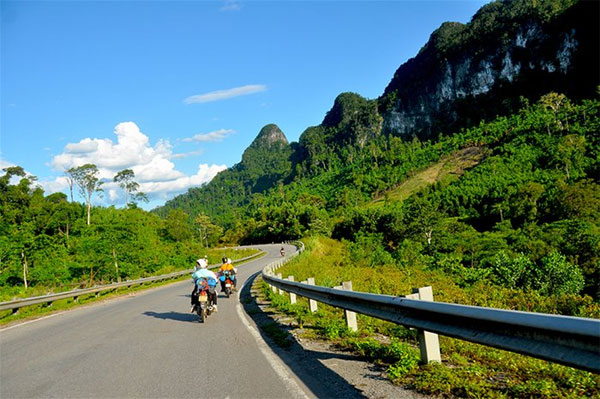 Motorcycling along Ho Chi Minh Trail