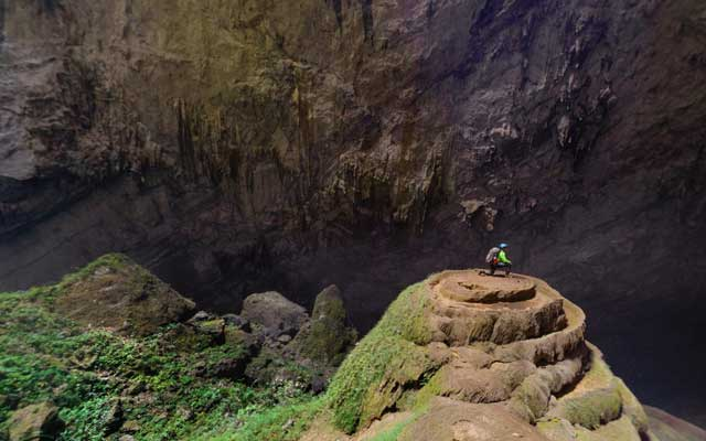Ambassadors in Viet Nam plan to discover Son Doong Cave in May