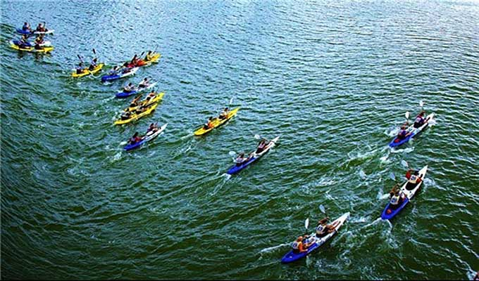Kayakers to paddle in Da Nang beach