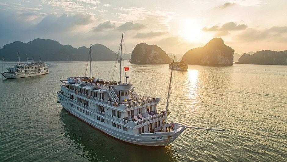 ha-long-bay-among-top-3-places-to-visit-in-southeast-asia