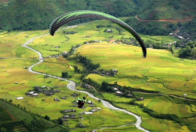 paragliding-festival-kicks-off-in-yen-bai
