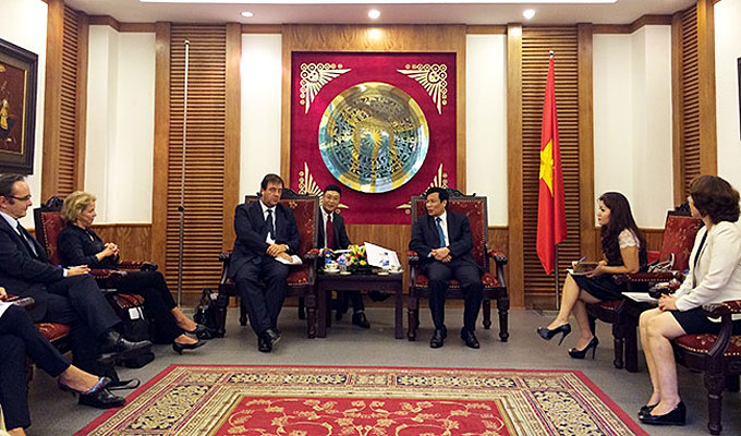 viet-nam-and-france-foster-cultural-co-operation