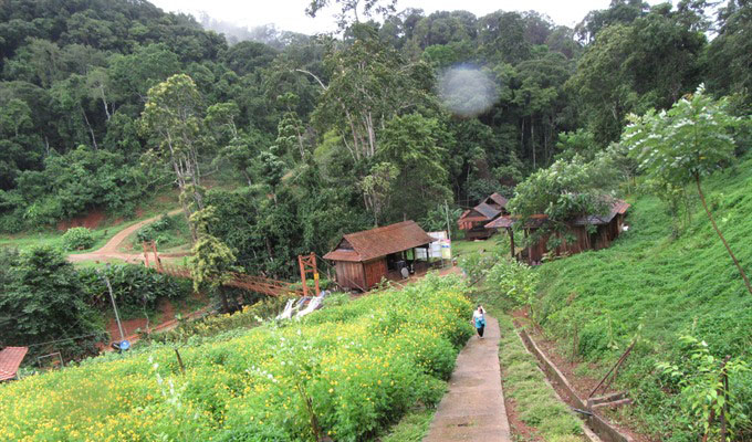 pa-sy-waterfall-ecotourism-area-delights-tourists