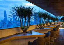Tapas and live acoustic music at Zen Rooftop Bar